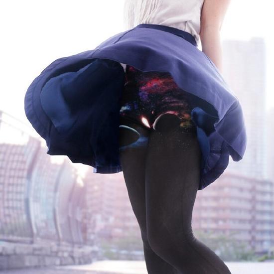 """闪光领域!岛国厂商还推出""""星空打底裤"""",从此不再担心走光,风一吹过,就是星辰大海。.jpg"""